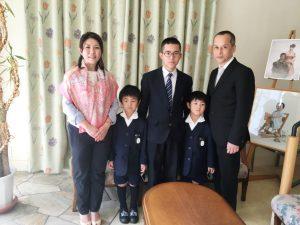 明石さん家族写真