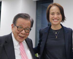 本会賢人達人・高倉麻子監督率いる「なでしこジャパン」を応援します!