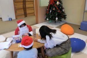 仙台レインボーハウスでのクリスマス会の様子